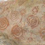 """Colombia: scoperte pitture rupestri di 20.000 anni fa e che la guerrilla FARC aveva """"nascosto"""" per anni"""