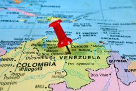 Maduro si reca in Cina per chiedere un prestito di 5000 milioni di dollari